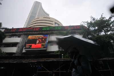 Mumbai: A view of the BSE building in Mumbai, on July 5, 2019. The Union Budget 2019-20 failed to cheer the equity market as the BSE Sensex slumped over 460 points minutes after Finance Minister Nirmala Sitharaman concluded her speech. At 1.28 p.m., the Sensex fell 466 points to the day